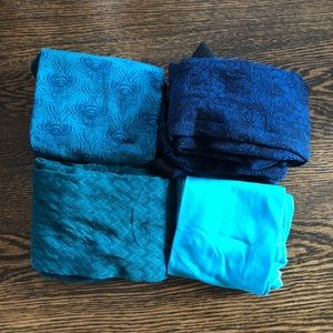 🌵 Lot of 4 Blue Patterned Nylons